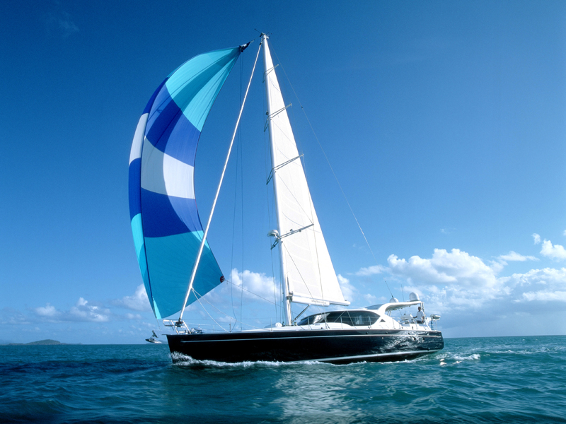 Chartering A Yacht In The Whitsundays | Yoti